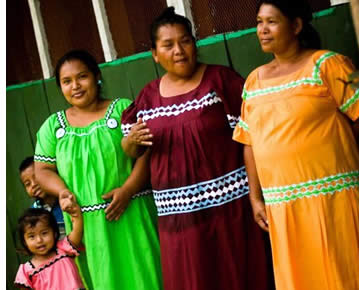 Ngobe indigenous ladies of the Rio Oeste Afuera commmunity in Bocas del Toro, Panama